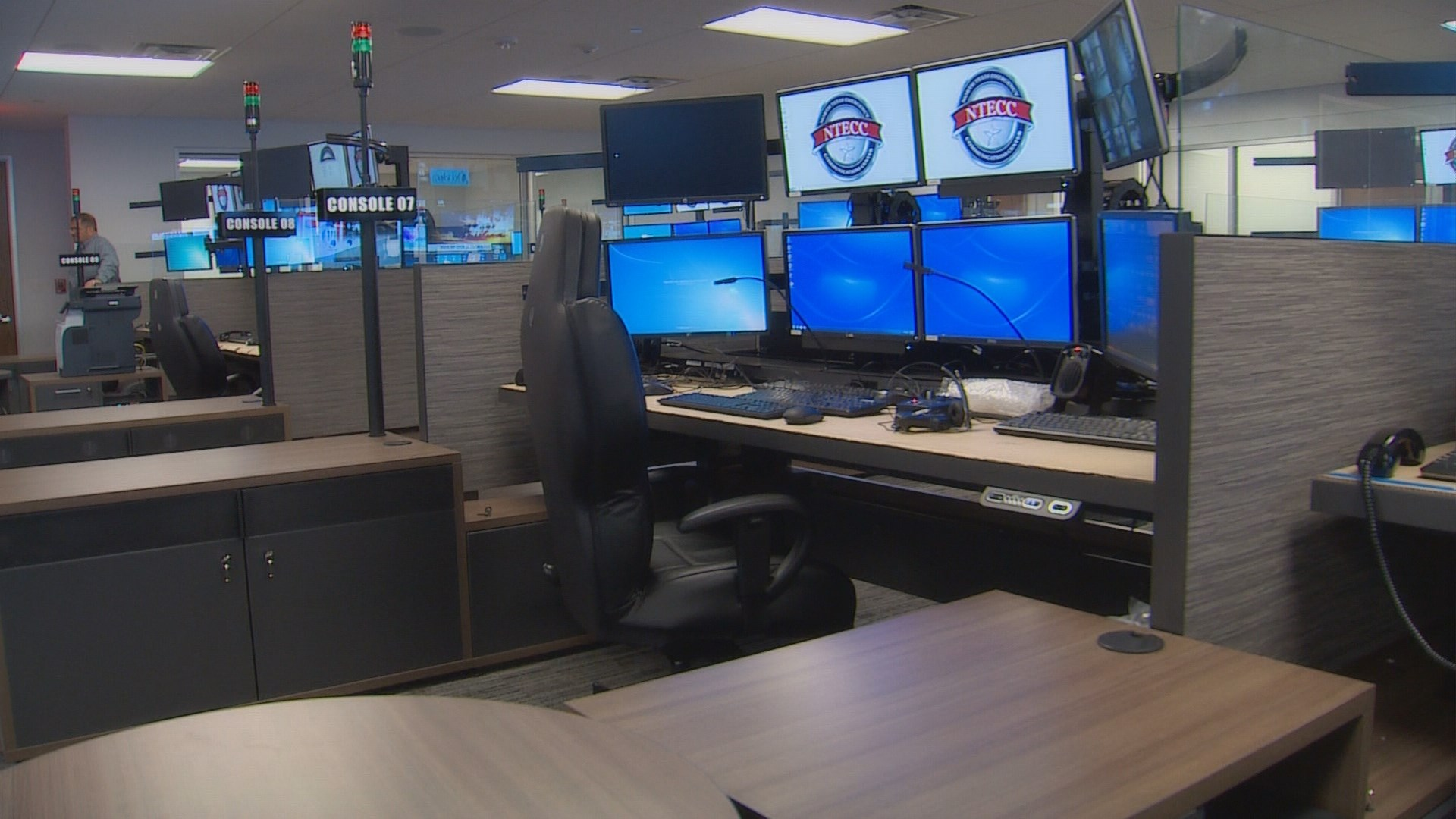 Empty 911 Center A Million Dollar Mess Wfaa Com