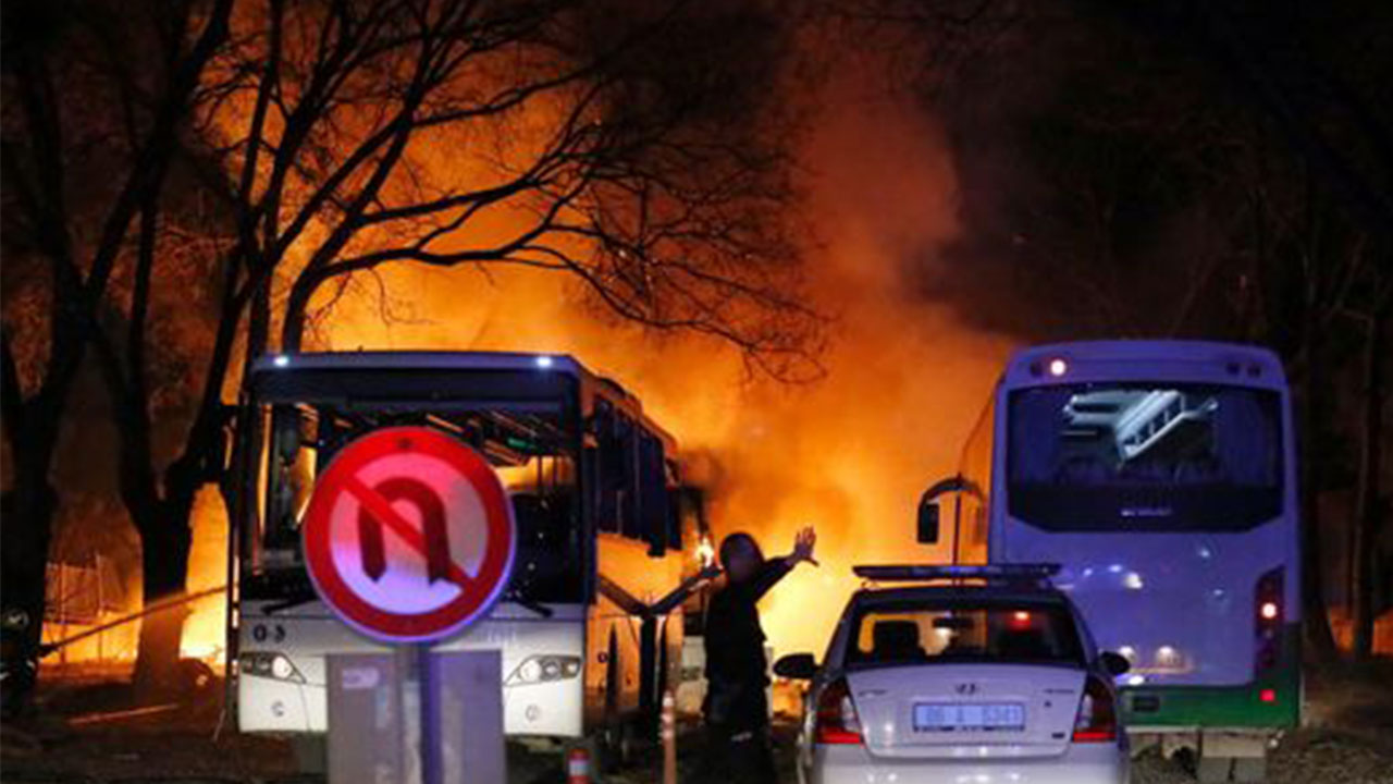 Turkey blames Kurdish rebels, Syria for Ankara attack