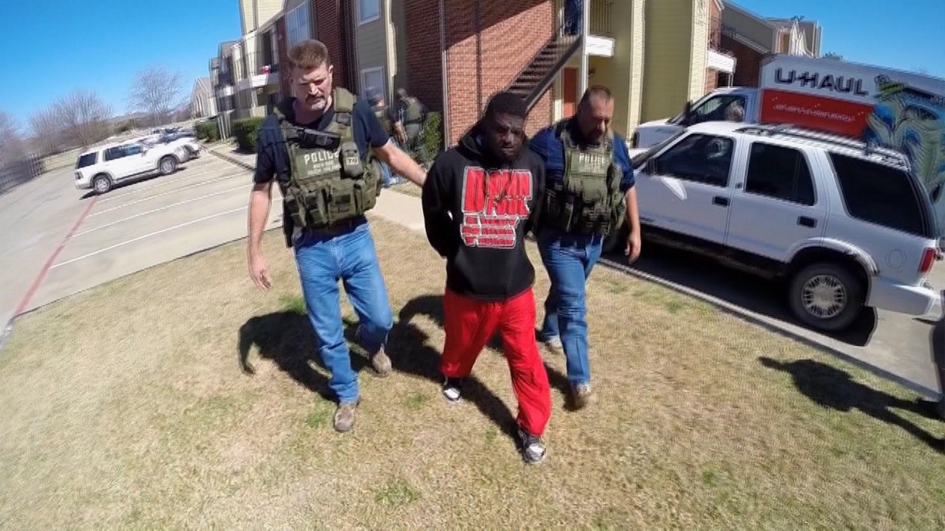 Inside The Dangerous World Of North Texas Fugitive Task