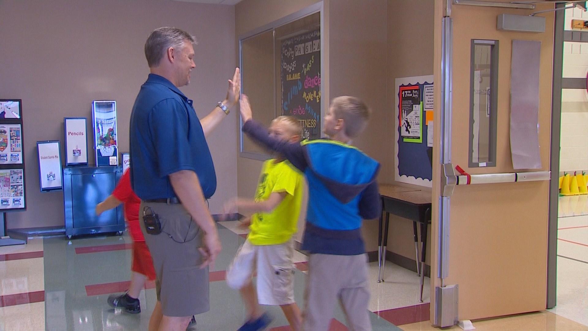 Classroom Pe Ideas ~ Teacher pushes new pe ideas with reduced class time wfaa
